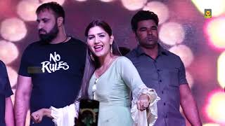 Sapna Chaudhary New Song I Latest Dj Song I Red Farari I Sapna In Delhi I Sapna Entertainment