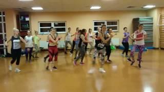 Suebeme la radio Enrique Iglesias - ZUMBA fitness dance 2017