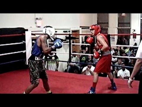 RESHAT MATI / CHRIS COAKLEY : NY METRO BOXING @ CHURCH ST GYM : 141 lb. open ..3 rounds
