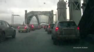 ДТП 03.03.2017 в 17:50 на Большеохтинском мосту в СПб