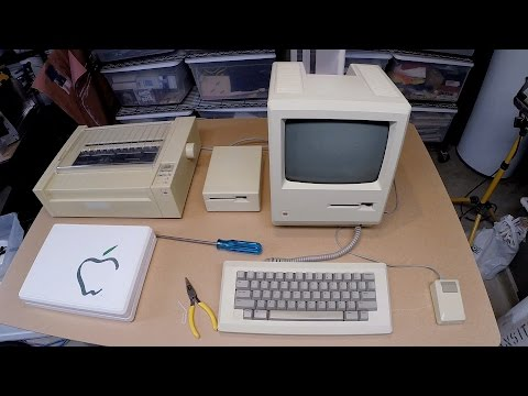 Throwback: Original Macintosh 128k