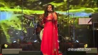 Shreya Ghoshal live on Tu hi to meri dost hain & Saans MeTeri