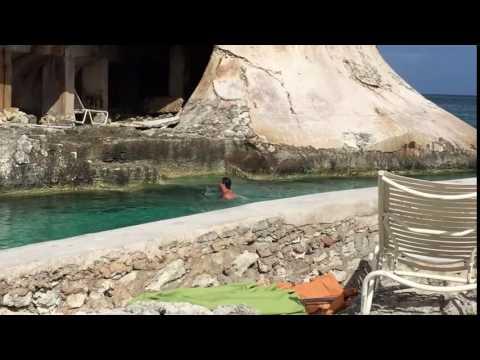 James Bond 007 Thunderball Atlantis Bahamas