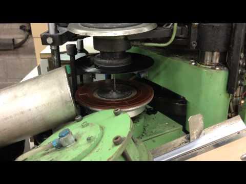 Eerste release Tender Records komt uit machine (Record Industry)