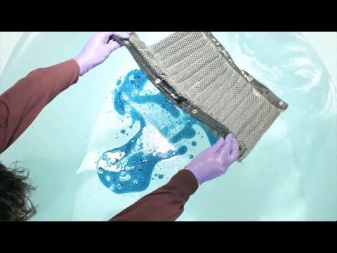Argonne National Laboratory | Reusable sponge that can soak up oil