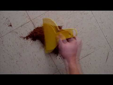How to Clean Up Tomato Sauce from Tile Floor