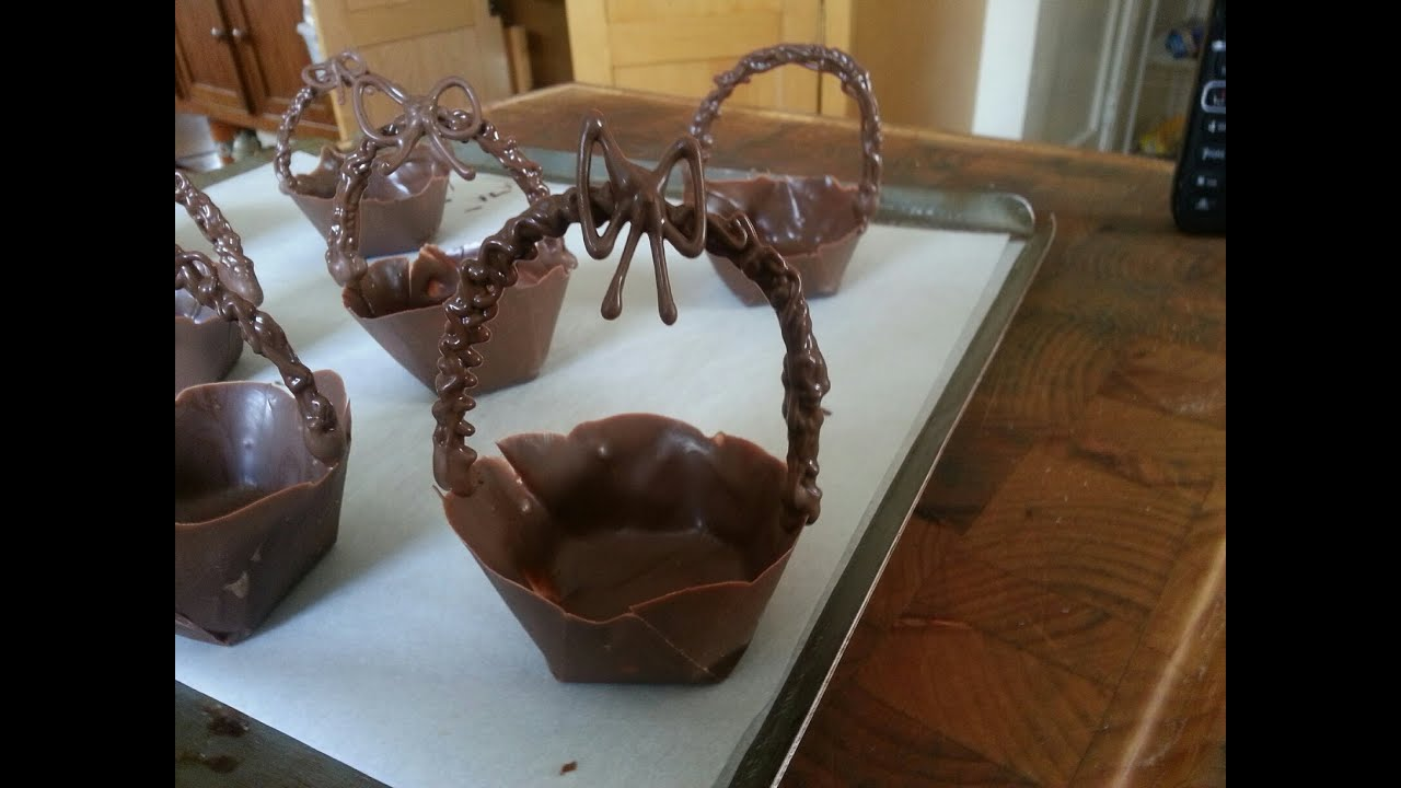 Chocolate easter baskets made with a muffin tin youtube chocolate easter baskets made with a muffin tin negle Gallery