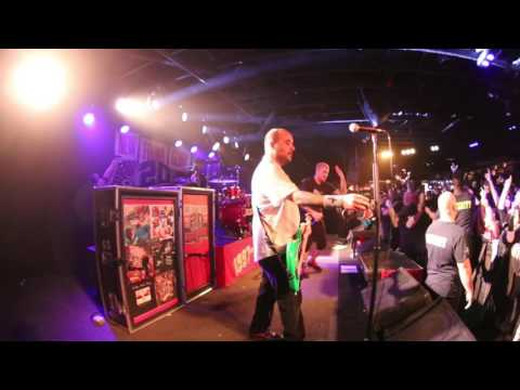"""New Found Glory """"My Friends Over You"""" at The Stone Pony 3/25/17"""