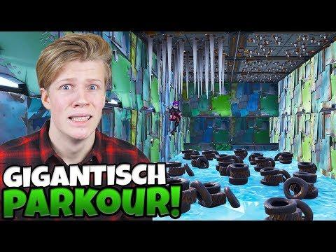 GIGANTISCH PARKOUR - Fortnite met Roedie & Link