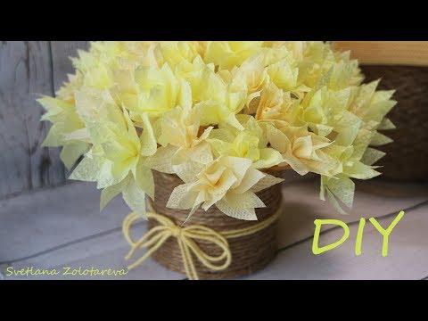 Вопрос: Как сделать цветы из бумажных салфеток?