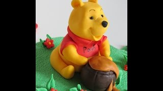 Fondant Winnie the Pooh and Piglet tutorial by Annushka