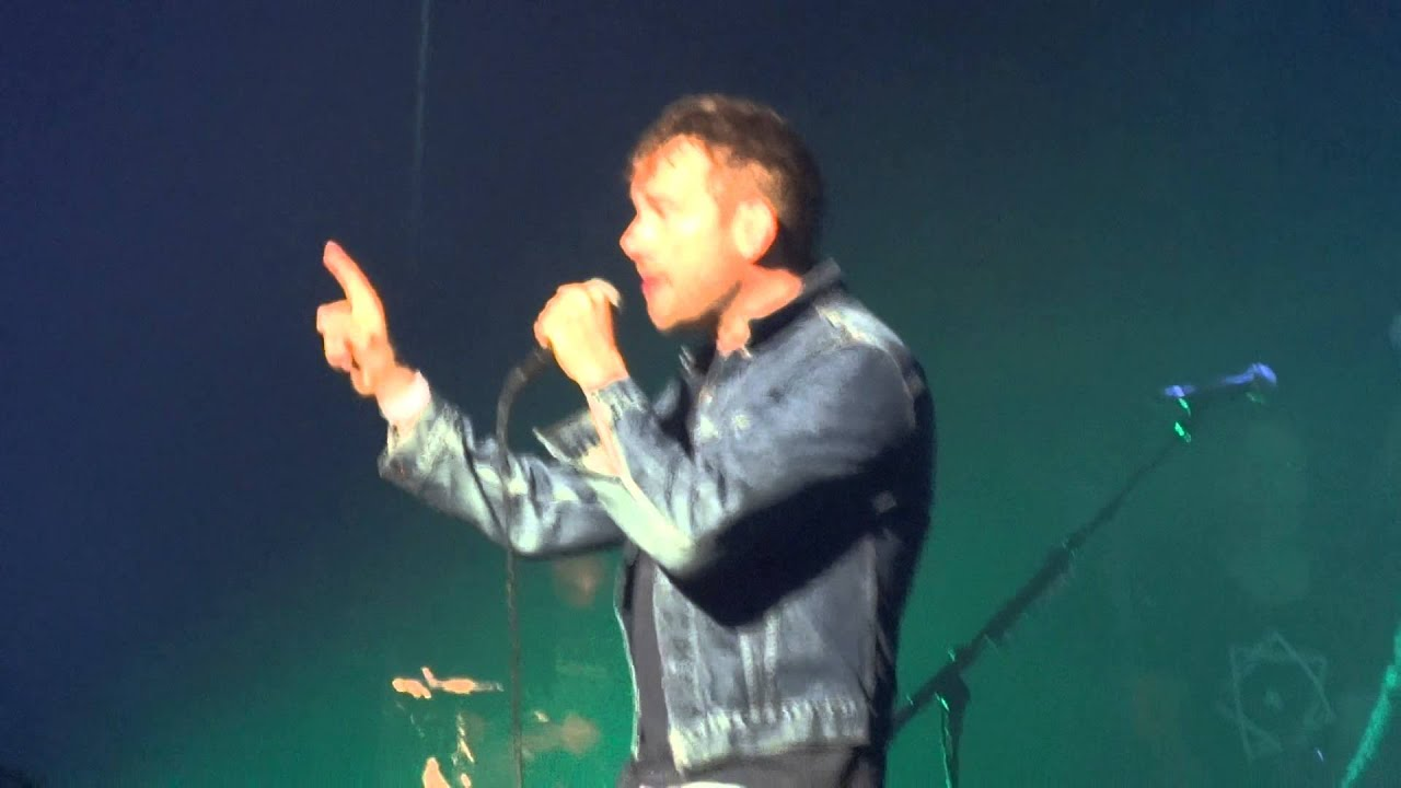 Download Damon Albarn - Slow Country (HD) Live In Paris 2014