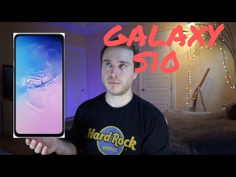 Life-long Apple user reacts to Galaxy S10