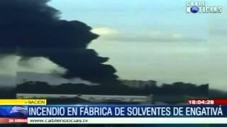 Bomberos controlan incendio en fábrica de solventes de Engativá
