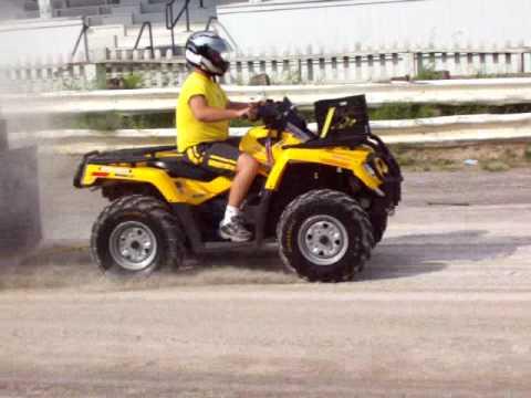 ATV 800cc Outlander Full Pull