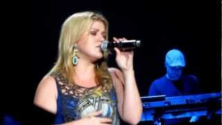 Kelly Clarkson - Because of You [Live in London 2012]