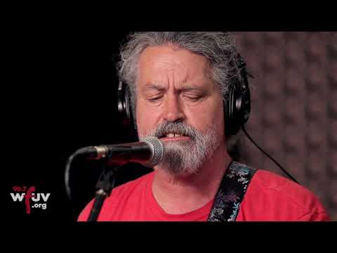 "Meat Puppets - ""Plateau"" (Live At WFUV)"