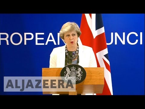 Theresa May pushes for trade negotiations in Brexit talks