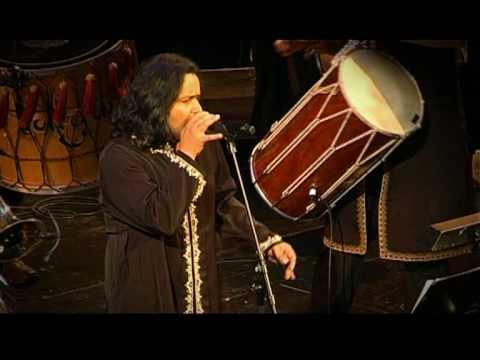 Gur Nalon Ishk Mitha - Rafaqat Ali Khan and The Bollywood Brass Band