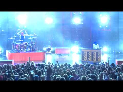 Twenty One Pilots - Car Radio - Live at Meadowbrook Music Hall in Rochester Hills, MI on 9-19-15