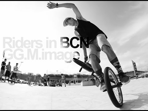 Riders in BCN - GG.M.image
