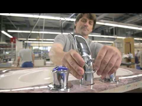 Building The A380 Shower Spa | Emirates Airline