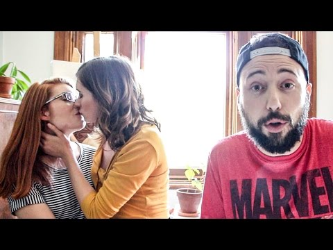 Le FRENCH KISS - Comment embrasser? / Frencher avec Lysandre Nadeau et Catherine Duplessis