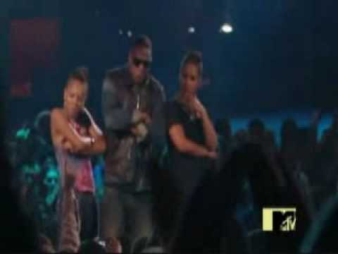 Lil Mama crashes JayZ and Alicia Keys performance at the VMAwmv