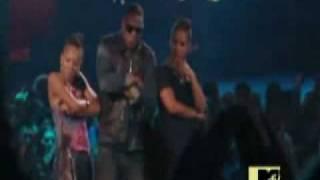 Lil Mama crashes Jay-Z and Alicia Keys performance at the VMA.wmv