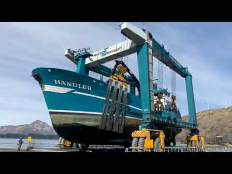 C-Series Mobile Boat Hoist Overview | Marine Travelift