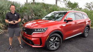 Is the 2021 Kia Sorento EX a BETTER hybrid SUV than a Toyota Highlander?