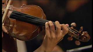 Janine Jansen performs Bach