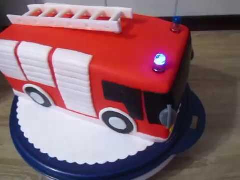 Feuerwehr Auto Torte Geburtstag Fondant Mit Blinklicht Youtube