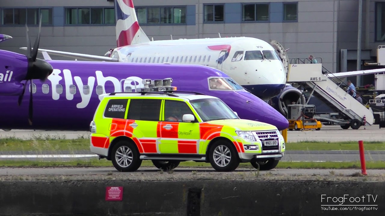 Airplanes at London City Airport | Arrivals & Departures ...
