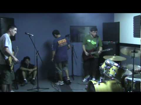 Circulo Eterno  No Spiritual Surrender Inside Out Cover