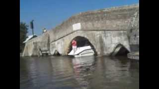 Boat Crunch With Small Bridge....must See