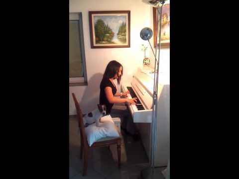 Mein Kleiner Amigo Singt Mit Melanie Am Klavier XD HD