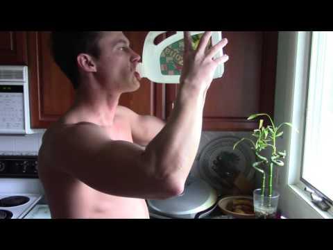 WATER TRAINING - 2 GALLONSKaynak: YouTube · Süre: 2 dakika49 saniye