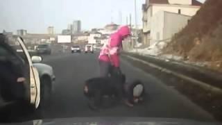 Нападение собаки на улице