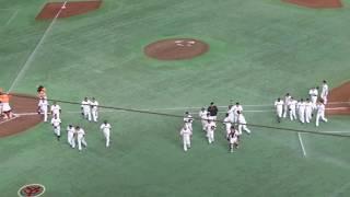 2017年6月25日(日)巨人vs中日 石川、プロ初のサヨナラタイムリーヒット thumbnail