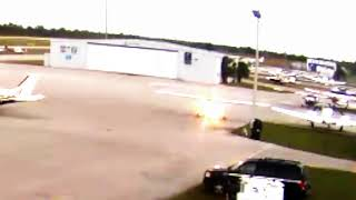 Student Pilot Taxis Cessna 172 into Ramp Light Pole