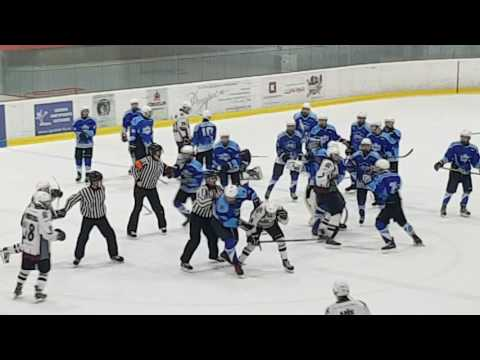 детская  драка в хоккее,  Питер2000 -Динамо Рига2000