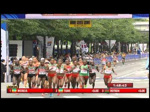 Edna Kiplagat takes gold in the Women's Marathon