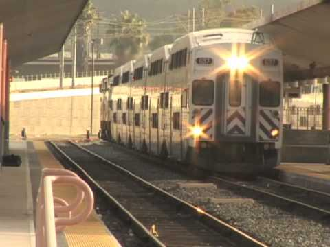 Metrolink unveils Express Train to Los Angeles