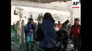 Ski dating in France ahead of Valentine's Day