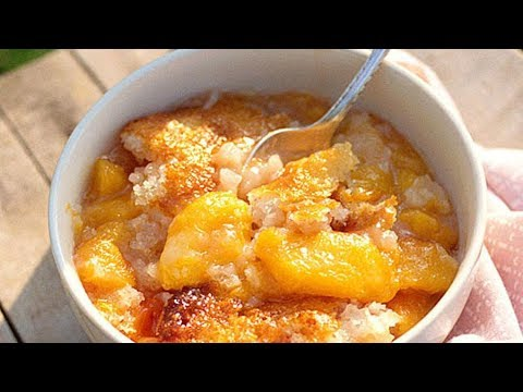 How To Make Easy Peach Cobbler | Southern Living