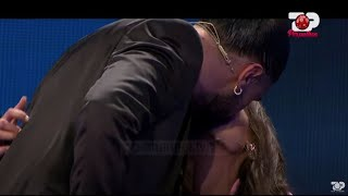 E papritur Ana e parë puth në buzë Atdheun - Per'Puthen Prime, 3 Janar 2021