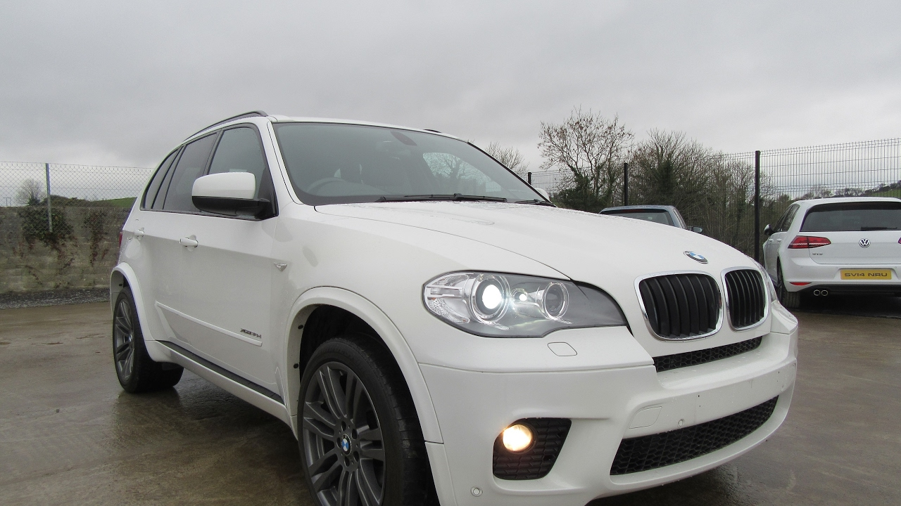Review Test Drive 2010 BMW X5 XDrive 30D M Sport