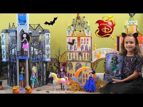 Descendants in Monster High Halloween Story: Frozen Anna, Beauty and the Beast, Barbie Costumes