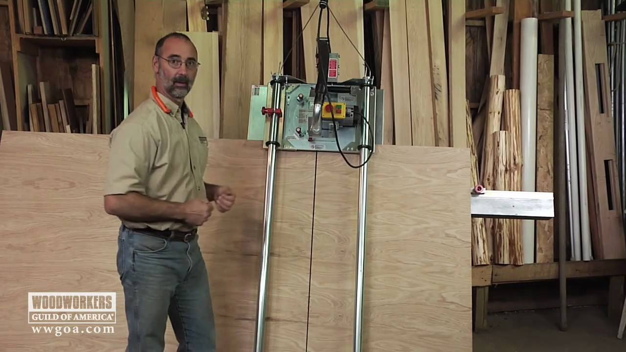 Woodworking Tools: Power Tools - Using A Vertical Panel Saw - YouTube